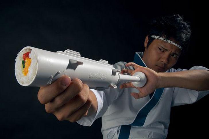 Sushi-Bazooka-Roller-5.jpg